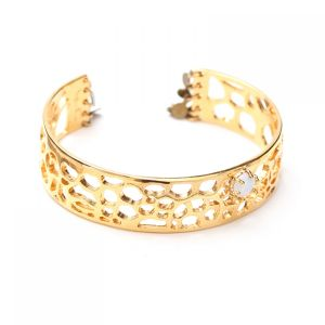FANNIE large C-shape bangle