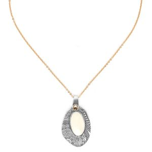 MANOA oval pendant necklace
