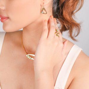 INES  boucles d'oreilles crochet triangle doré à l'or fin
