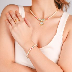 ISIS  bracelet extensible heishi coquillage