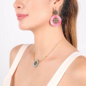 SCARLETT boucles d'oreilles dormeuses grand modèle roses